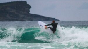 filippo-lera-malika-surf-school-2019-surf-somo-spain-19082019-IMG_3192-low